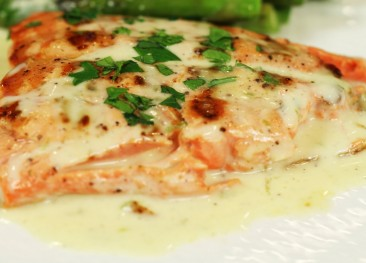 Spring Salmon with Lemon Sauce